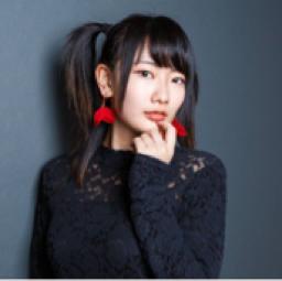 横山実紅【3N10】
